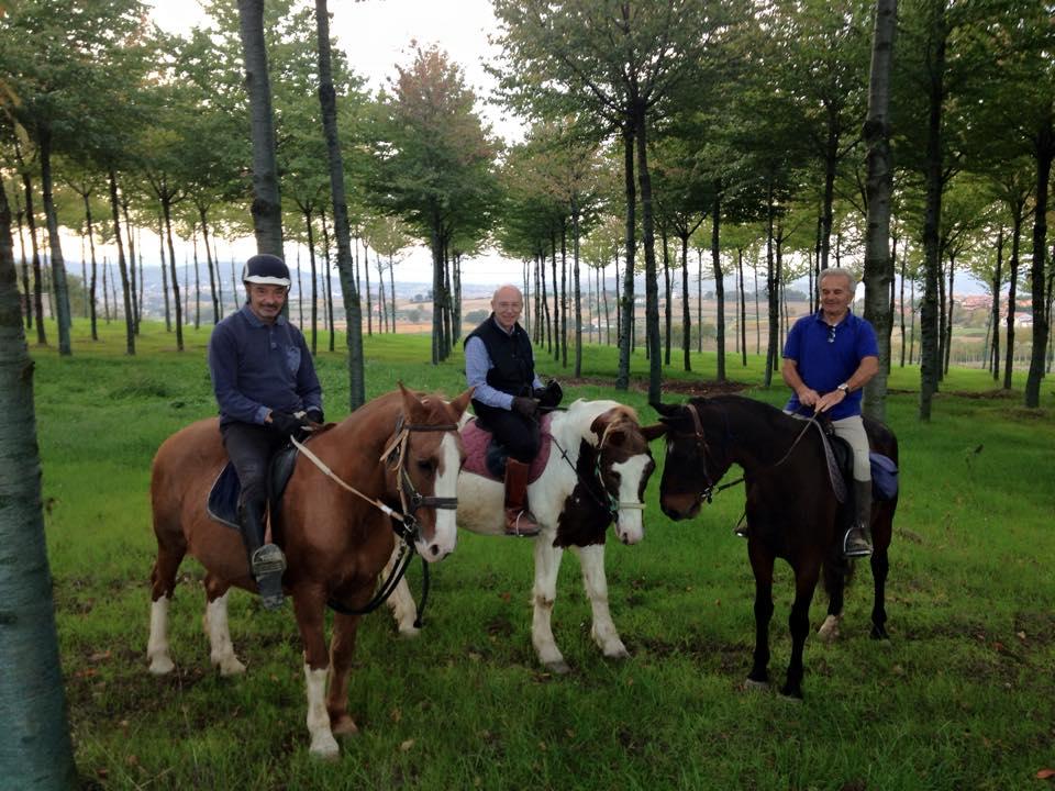 Passeggiate a cavallo Perugia nel bosco intorno a San Biagio